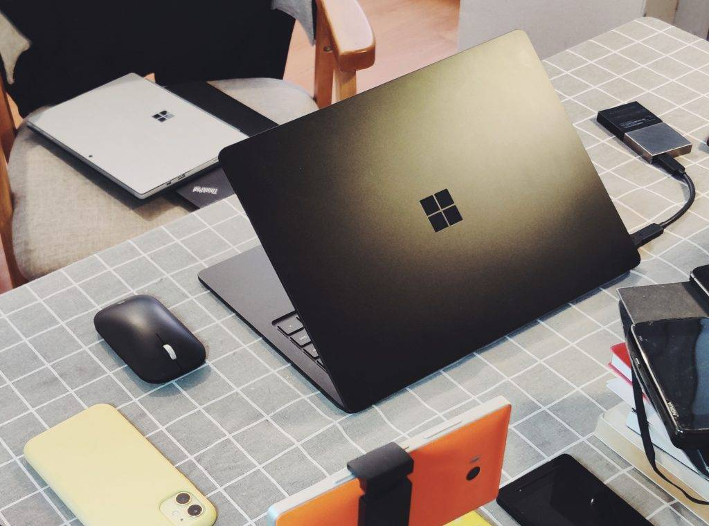 Surface Book 真的是高性能笔记本吗?的配图